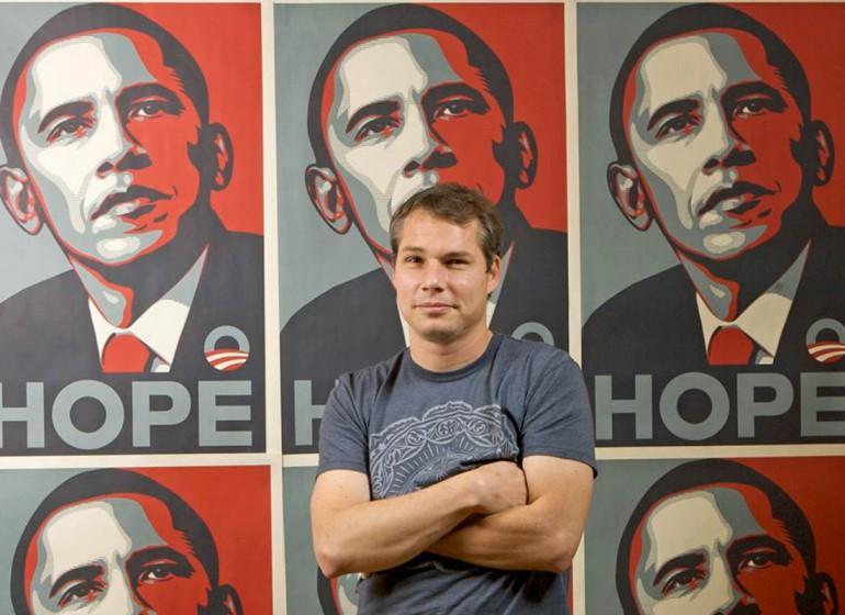 """Shepard Fairey condannato per il manifesto """"Hope"""""""