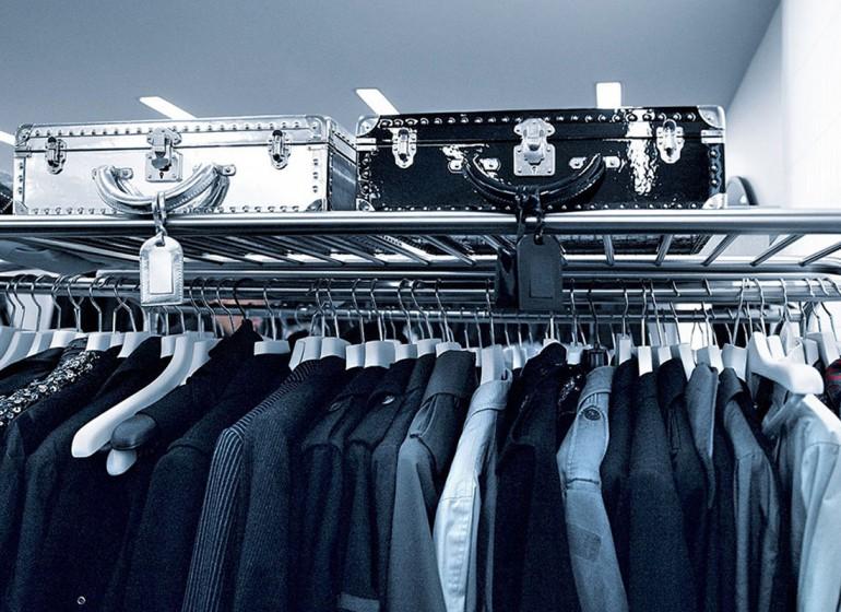 Futurismo e assenza cromatica nell'appartamento di Karl Lagerfeld