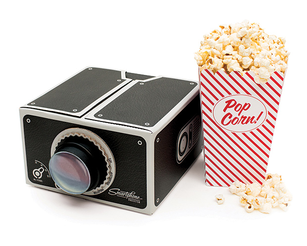 Il gadSmartphone projector: il gadget che trasforma lo smartphone in un proiettoreget che trasforma lo smartphone in un proiettore
