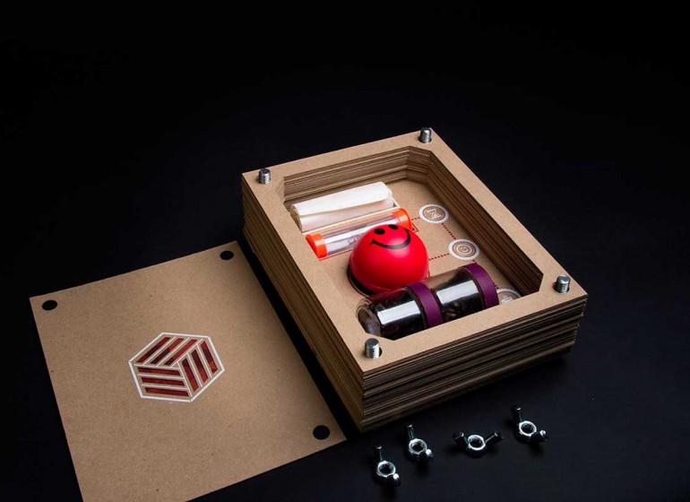Caffé, antistress e non solo: ecco il kit di sopravvivenza del designer