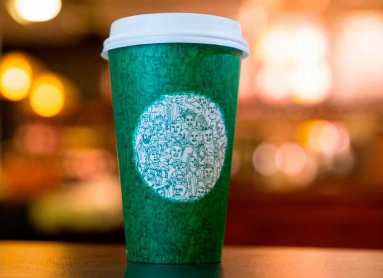 La nuova tazza Starbucks é l'ennesimo pretesto per far polemica inutilmente