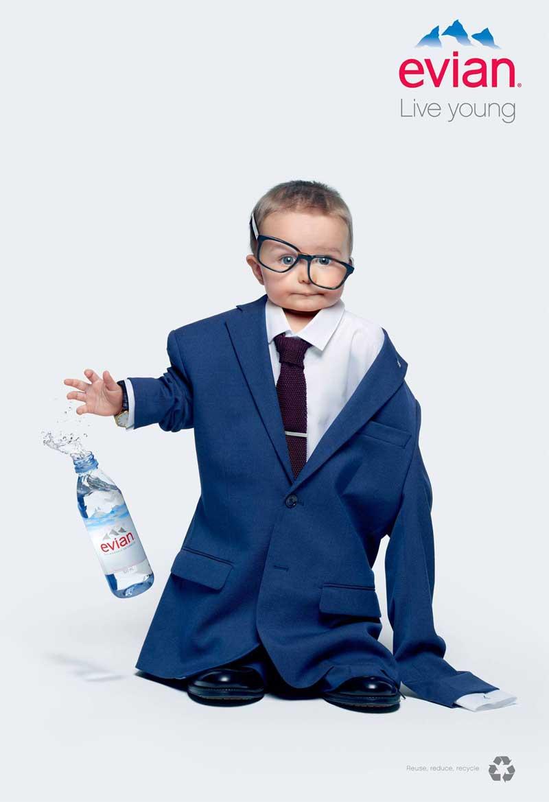 #evianOversize: la campagna di Evian che ti fa tornare bambino#evianOversize: la campagna di Evian che ti fa tornare bambino