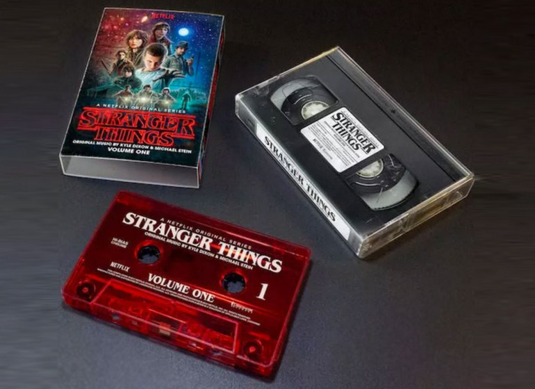 Rispolvera il walkman: la soundtrack di Stranger Things sarà in formato audiocassetta